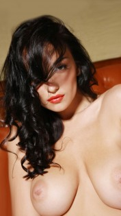 Lilly, Escorts.cm escort